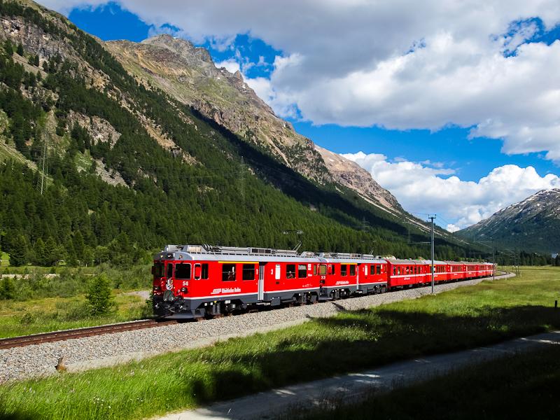 A Rhätische Bahn ABe 4/4 III  54+53 Morteratsch és Surovas között fotó