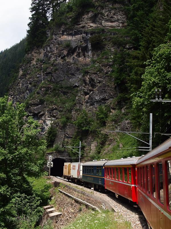 Stulsertobel-2 Tunnel photo