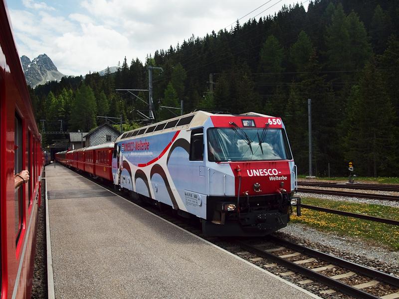 A Rhätische Bahn Ge 4/4 III fotó