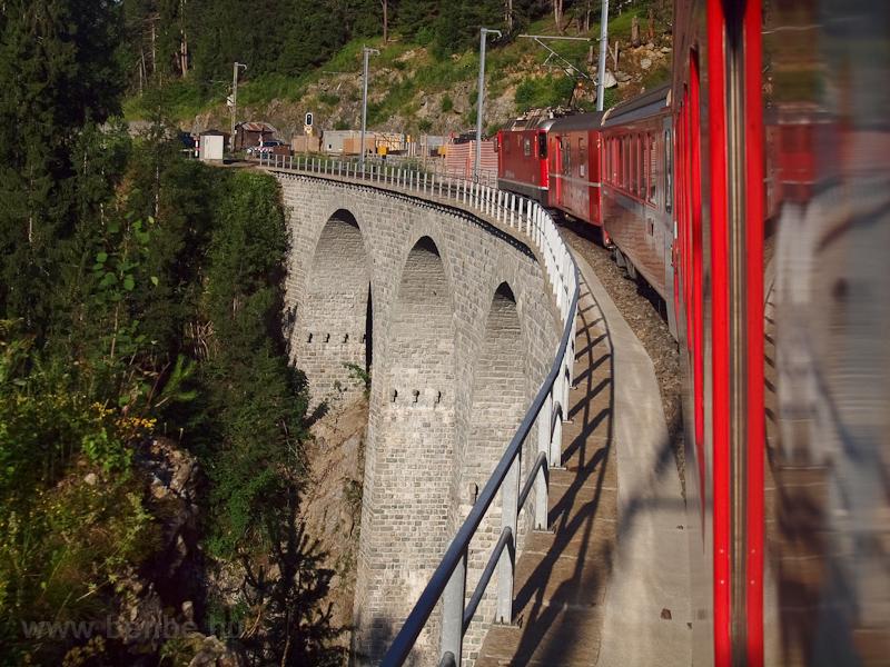 A Val Lumpegna-Viadukt az E fotó