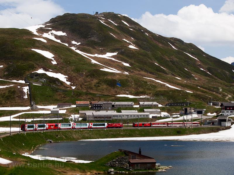 Egy ismeretlen Matterhorn-Gotthardbahn HGe 4/4 II   Oberalppasshöhe-Calmot állomáson fotó