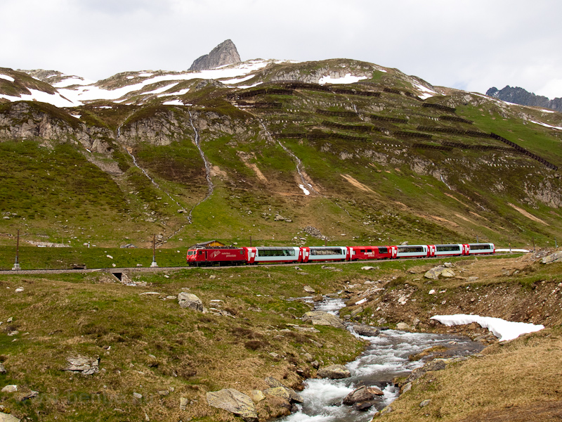 The Matterhorn-Gotthardbahn HGe 4/4 II  105 seen between Oberalppasshöhe-Calmot and Nätschen photo