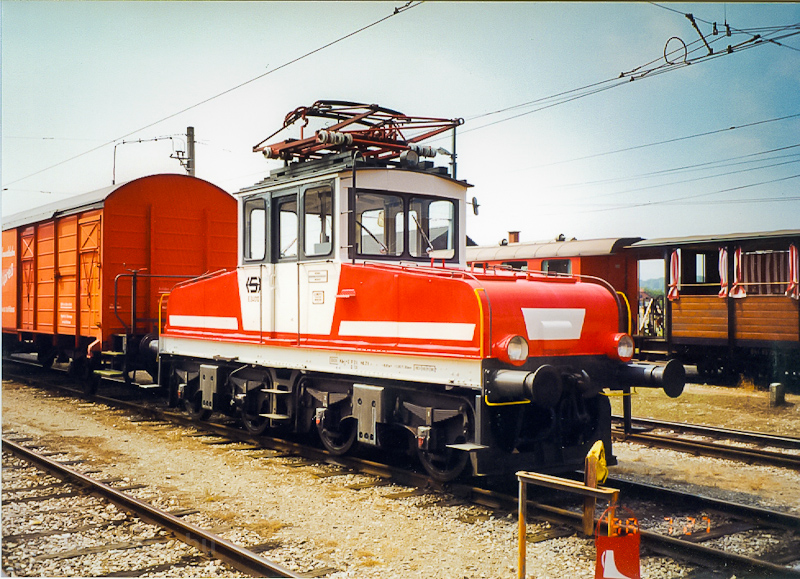 A Stern&Hafferl E24 10 Vorchdorf-Eggenberg állomáson fotó