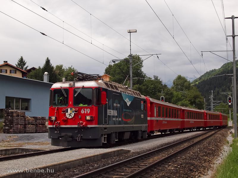 Az RhB Ge 4/4 II  619  100 Jahre Bernina  Castrisch állomáson fotó