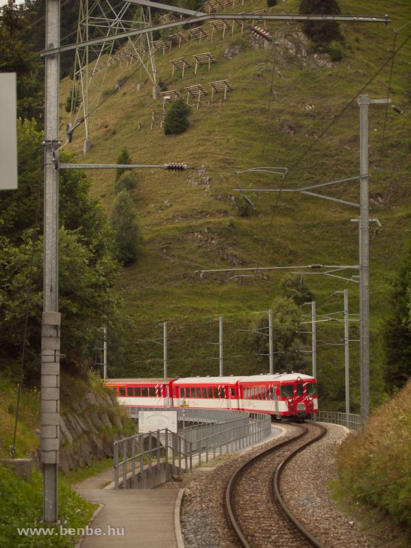 MGB ingavonat a Bugnei-viadukton fotó