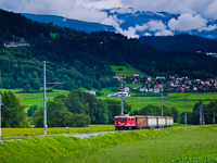 The RhB Ge 4/4<sup>I</sup> 605 with a freight train to Ilanz between Valendas-Sagogn and Castrisch