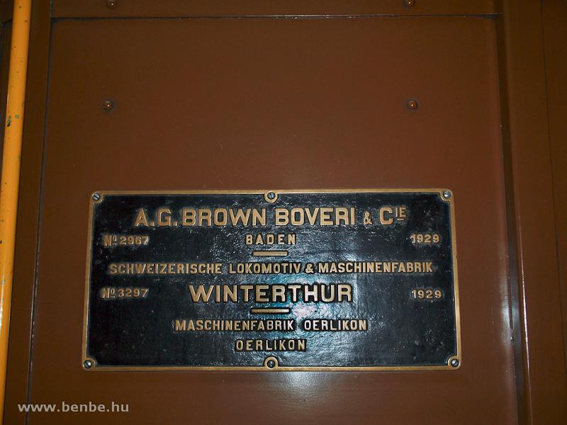 Az 1929-es gyártású Ge 6/6 I  414 gyári táblája fotó