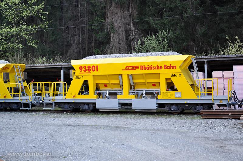 Zúzottkőszállító kocsik Reichenau-Taminsban fotó