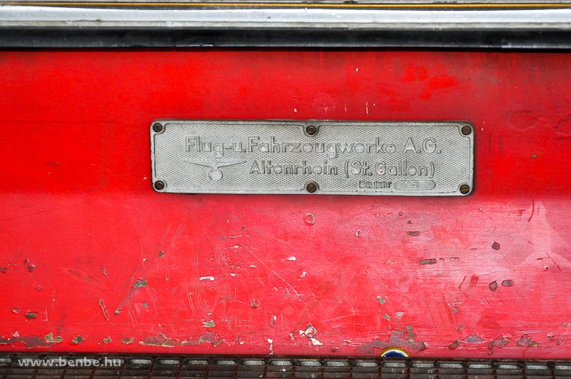 Az RhB Be 4/4 514 pályaszámú S-Bahn motorvonat gyári táblája fotó