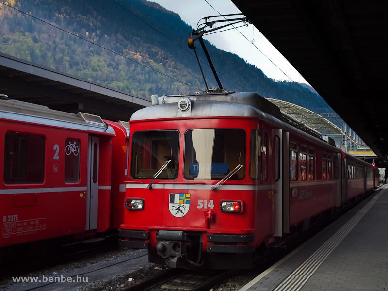 Az RhB Be 4/4 514 pályaszámú S-Bahn motorvonata Churban, az S2-es Chur-Thusis járatként fotó