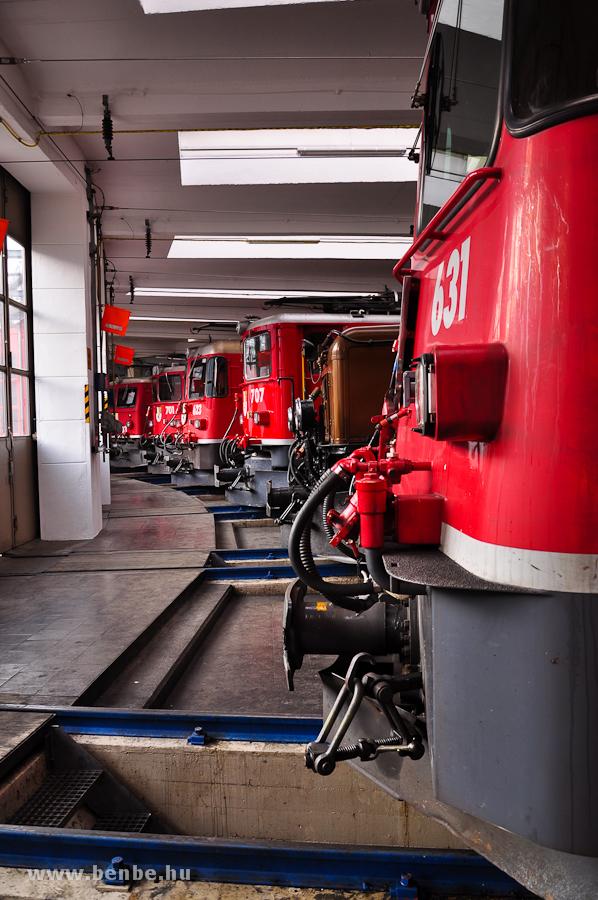 Villanymozdonyok a landquarti fűtőházban fotó