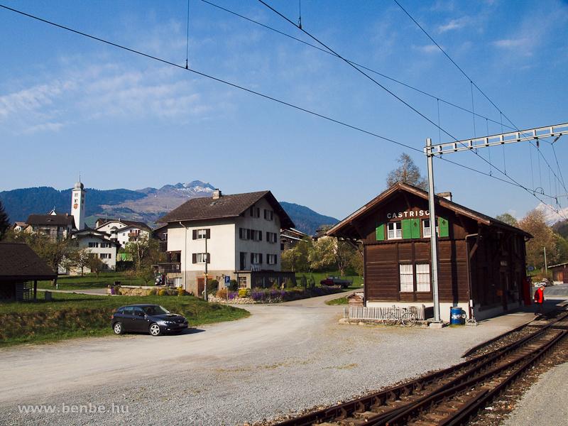 Castrisch vasútállomás fotó