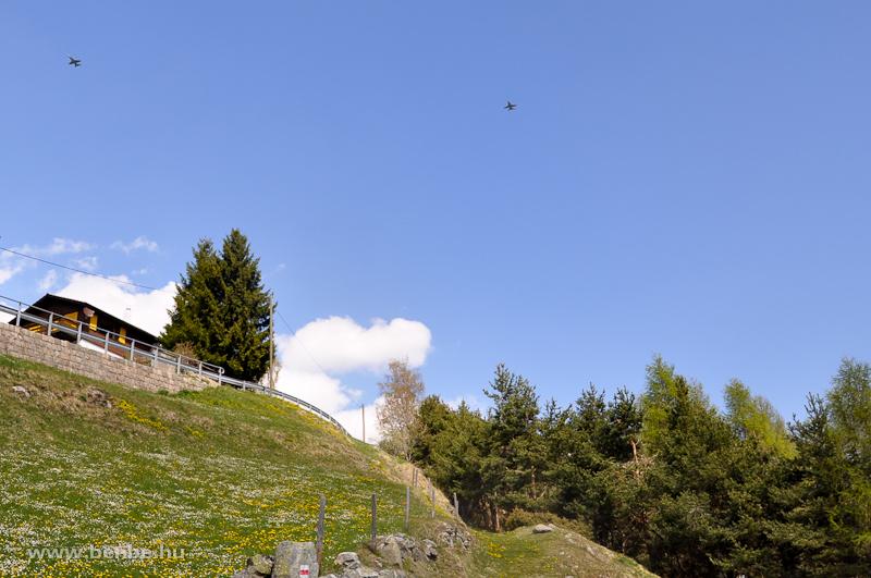 Önálló védekezésre vannak a svájciak berendezkedve fotó