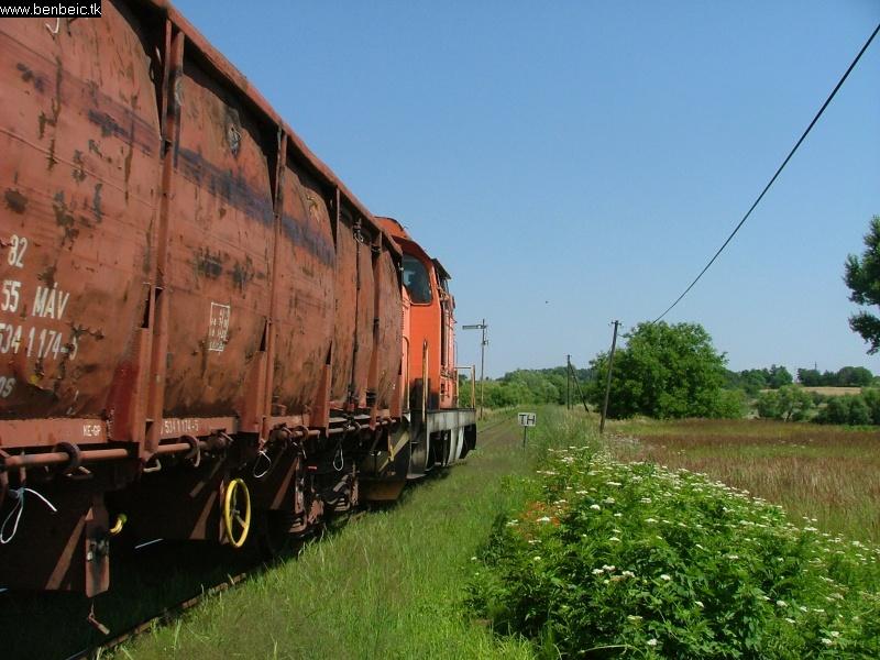M43 1155 elhagyja Diósjenõt fotó