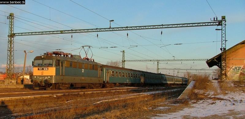 Nagytétény-Diósd állomáson a V43 1016 fotó