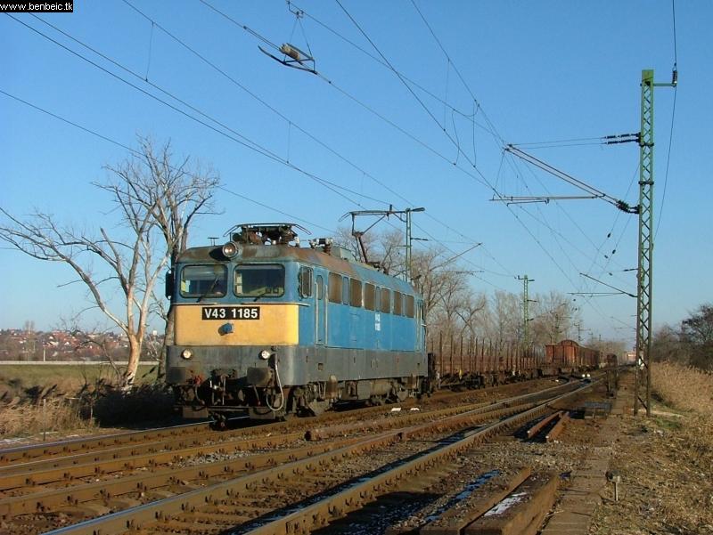 V43 1185 Nagytétény-Diósd bejáratánál fotó