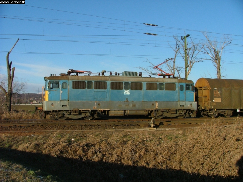 V43 1189 Nagytétény-Diósd bejáratánál fotó