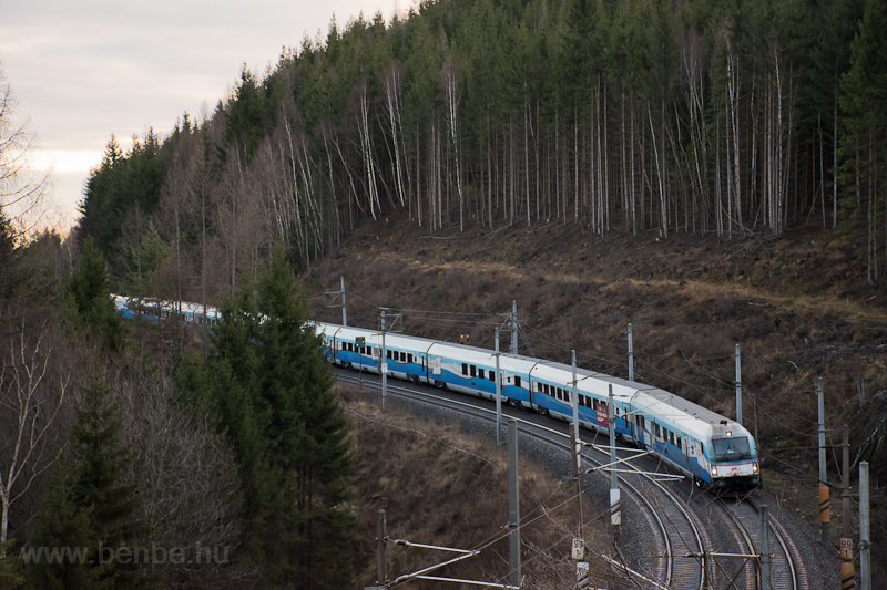 The ÖBB 80-90 751  Ski Aust photo