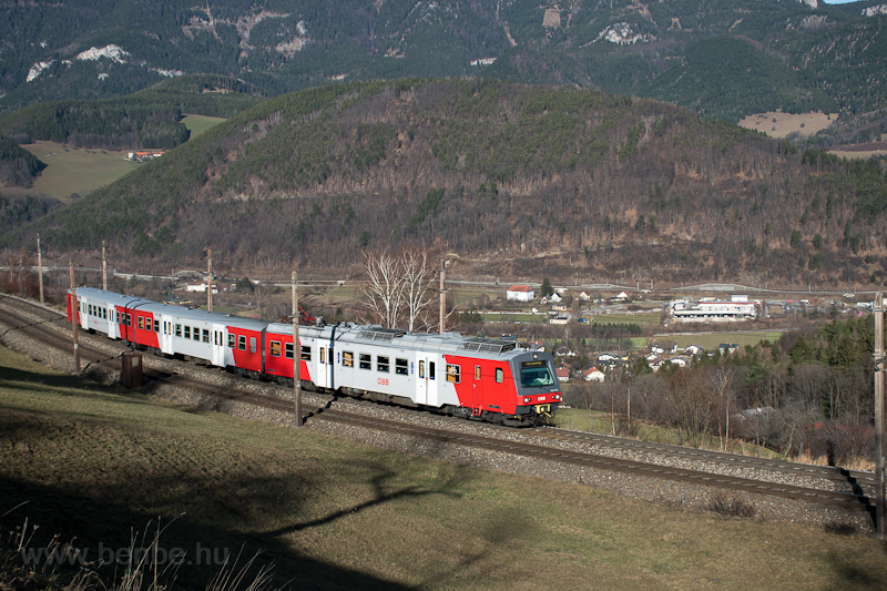 The ÖBB 4020 310-1 seen bet picture