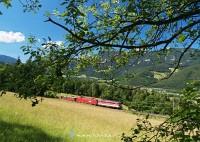 Ismeretlen 1142-es elõfogatol egy szintén ismeretlen Taurust Eichbergnél a Semmeringbahnon