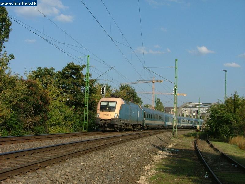 1047 009-4 a Bartók Béla úti felüljárónál fotó