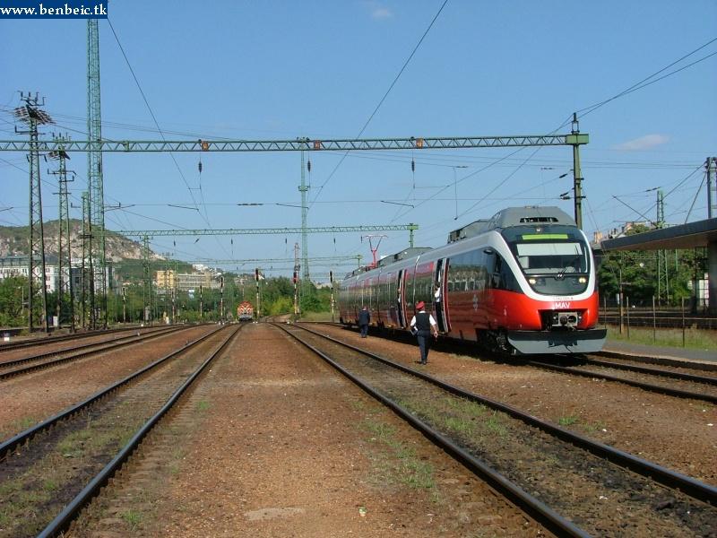 5342 001-4 Kelenföld állomáson fotó