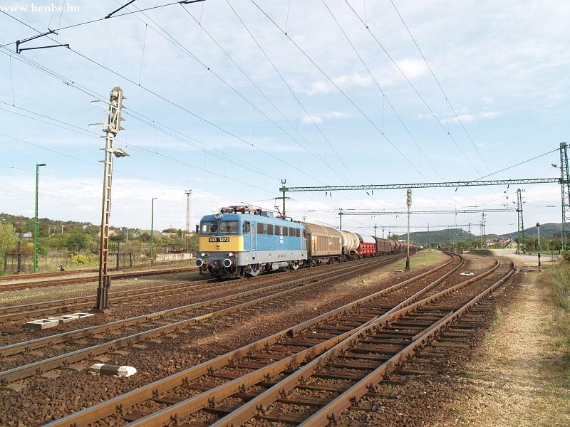 V43 1272 Biatorbágy állomáson fotó