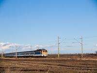 A MÁV-TR 91 55 0 433 157-9 (ex-V43 3197) Iváncsa és Pusztaszabolcs között