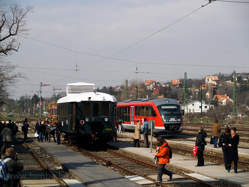 A MÁV Nosztalgia kft. - Szabadtéri Néprajzi Múzeum BCmot 422 és a MÁV 6342 022-8 Óbuda állomáson fotó
