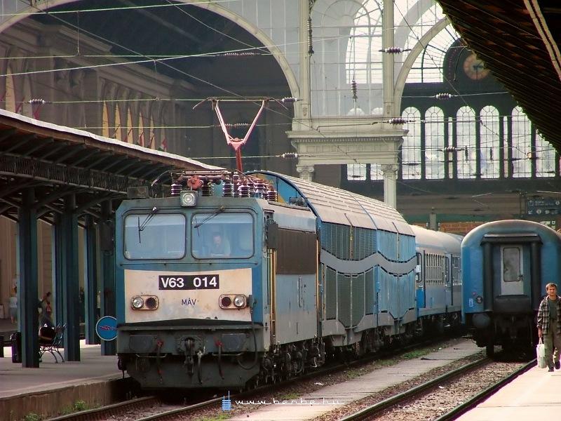 V63 014 a Keleti pályaudvaron fotó