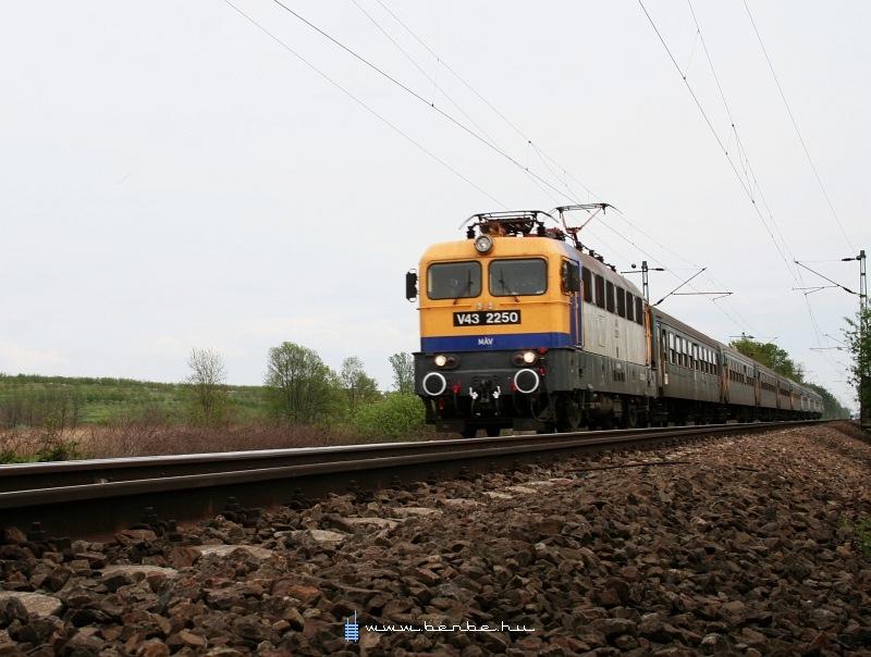 V43 2250 Hévízgyörkön fotó