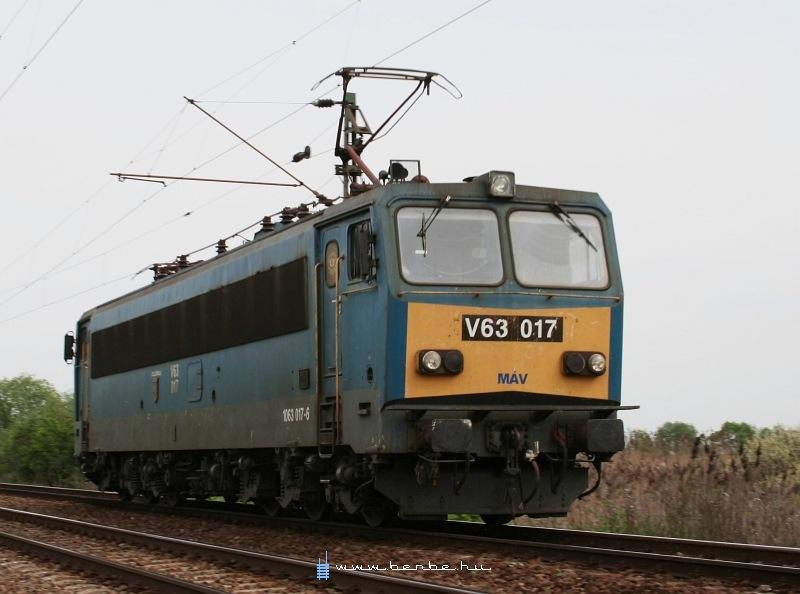 V63 017 Galgahévíznél fotó