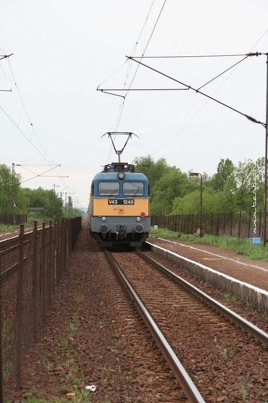 V43 1249 Galgahévíznél fotó