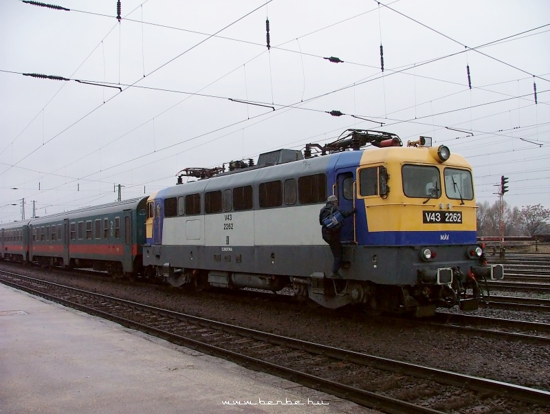V43 2262 Rákoson fotó