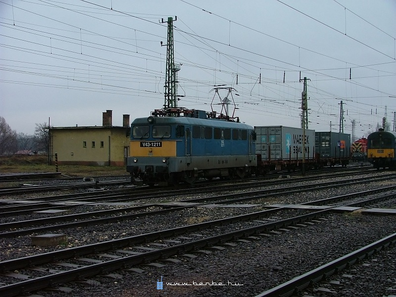 V43 1211 Rákoson fotó