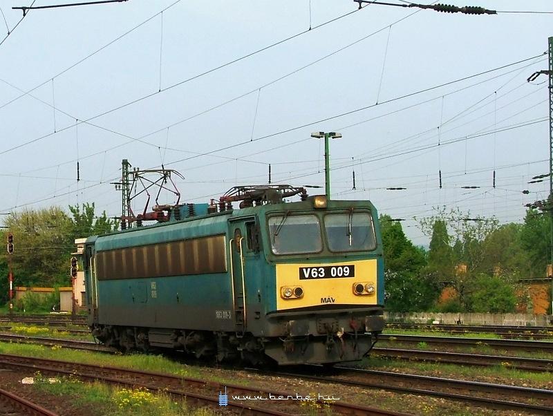 V63 009 Kõbánya-felsõn fotó