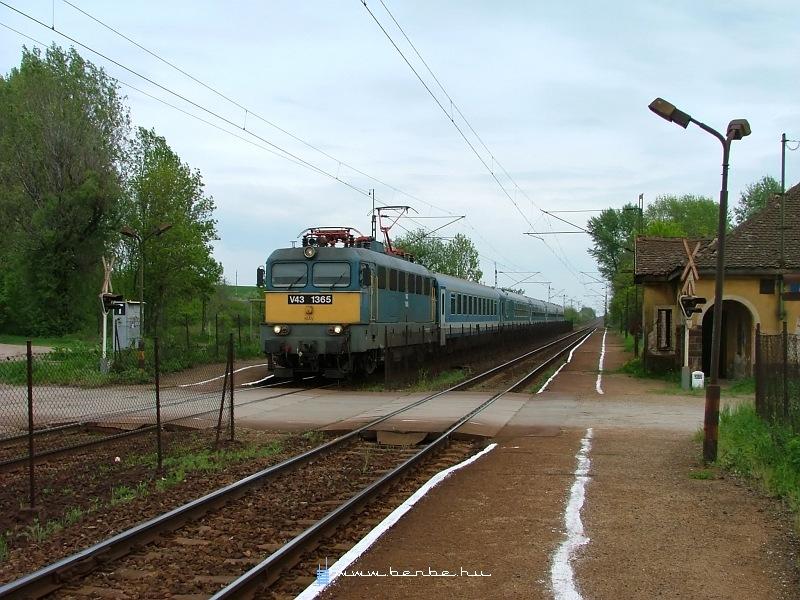 V43 1365 Hévízgyörkön fotó