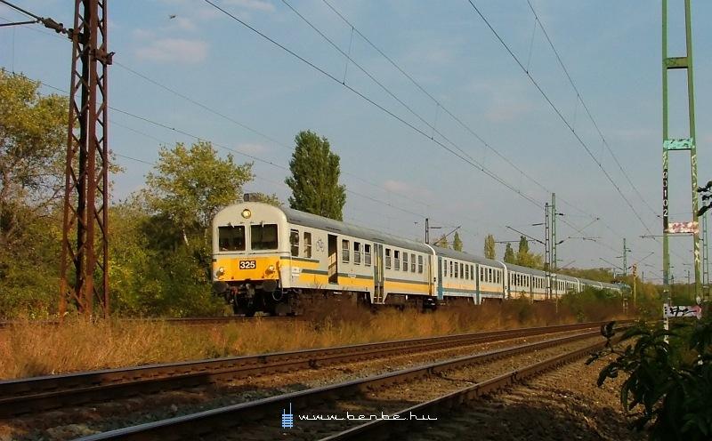 BDt 325 Kõbánya-Felsõnél fotó