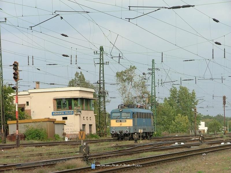V43 1295 Kõbánya-felsõn fotó