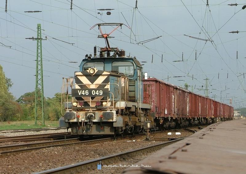 V46 049 Kõbánya-felsõn fotó