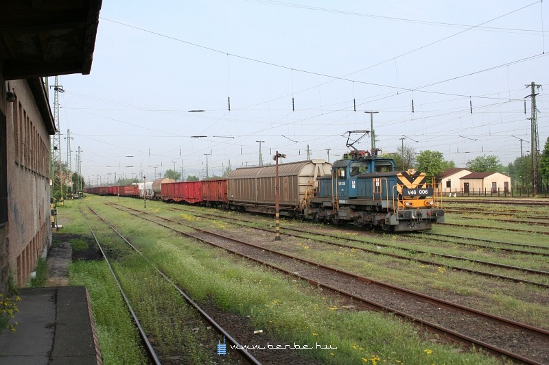 V46 006 Kõbánya-felsõn fotó