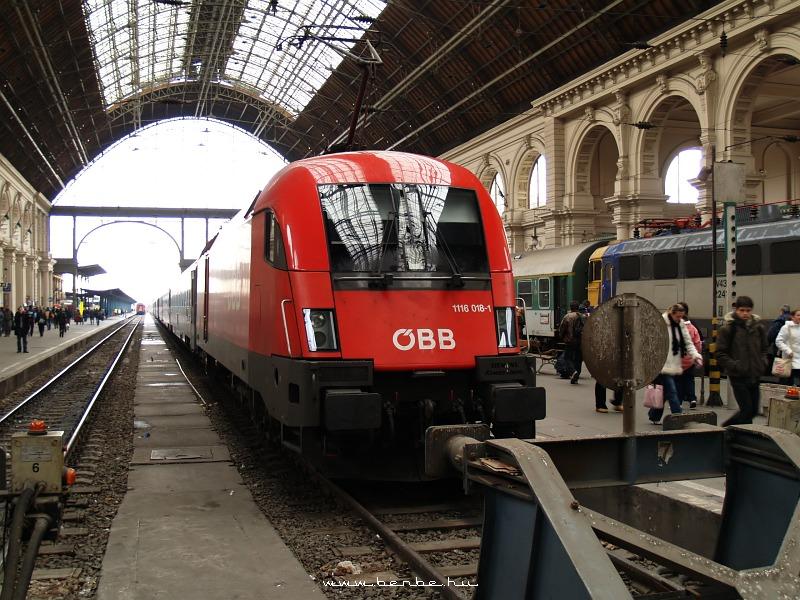 ÖBB 1116 018-1 a Keleti pályaudvaron fotó