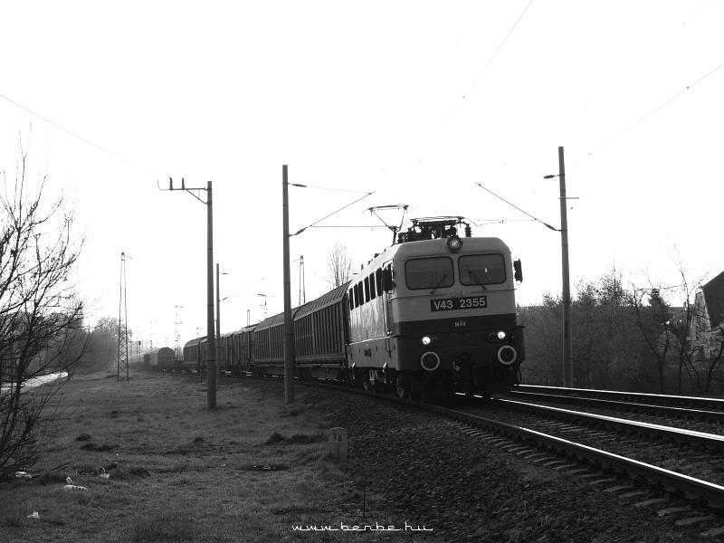 V43 2355 a Körvasúton fotó