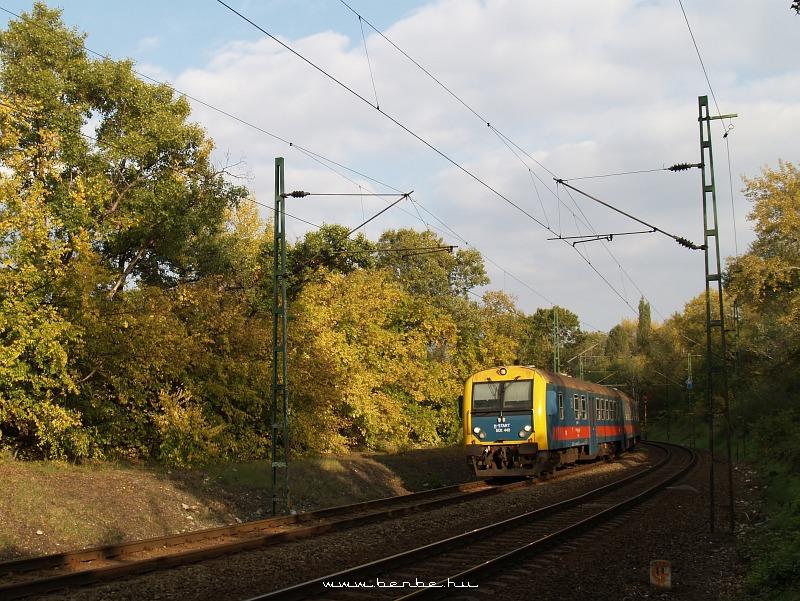 BDt 440 az alsó pályán Rákos és Kõbánya-Felsõ között fotó
