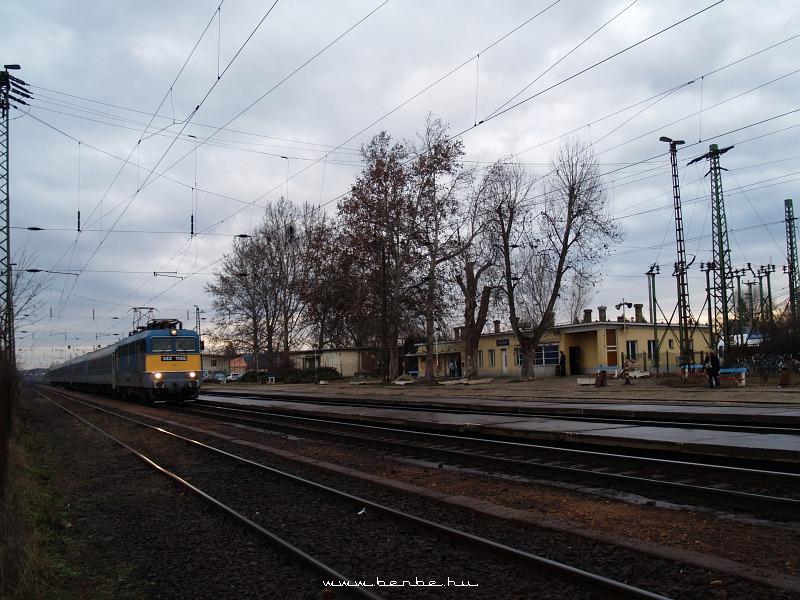 V43 1145 Isaszegen fotó