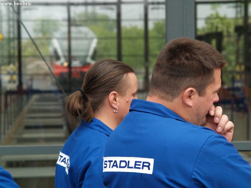 A Stadler dolgozói fotó