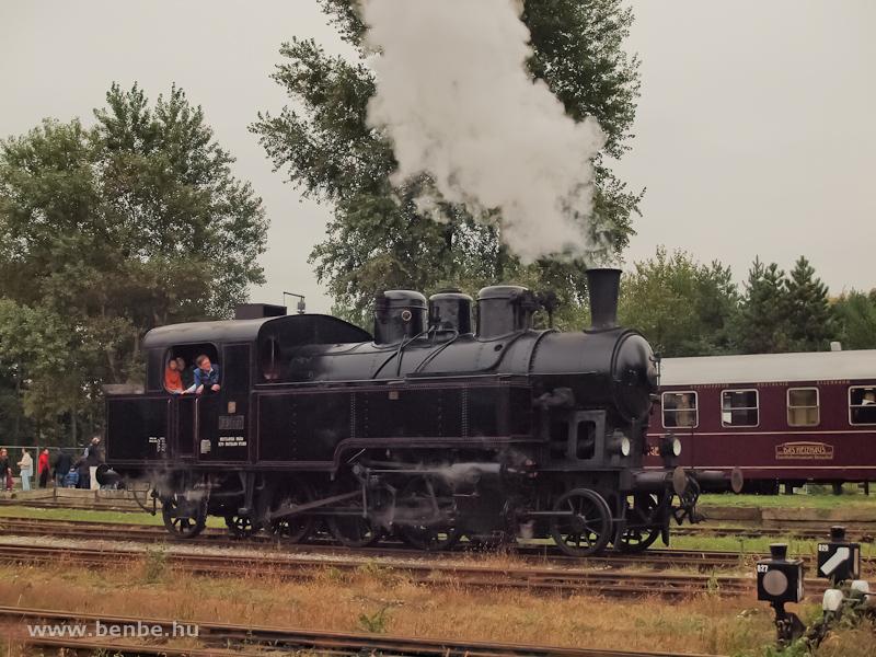 A ŽSR 331,037 (ex MÁV 375,666) Strasshofban fotó