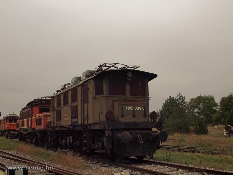 Az ÖBB 1145 009-5 a strasshofi rozsdatemetőben fotó