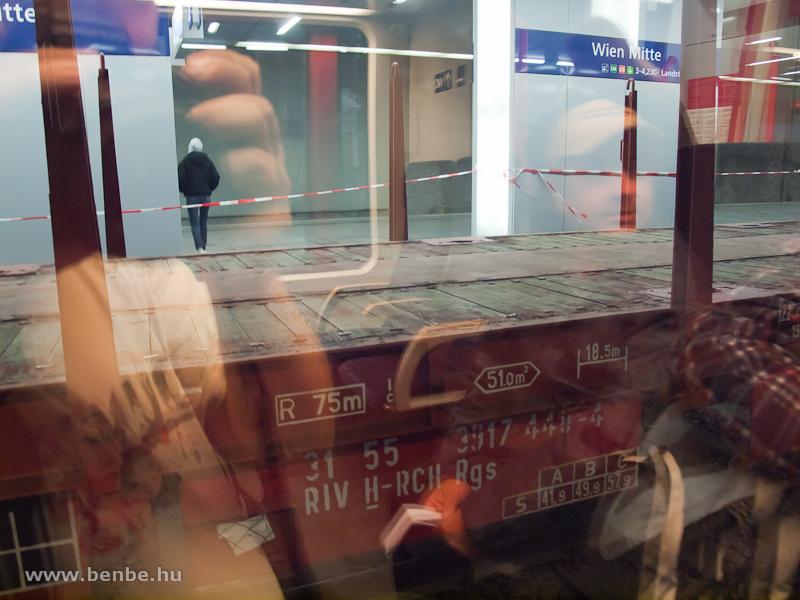 RCH teherkocsi osztrák állomásfelújításon fotó