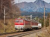The 362 007-7 is hauling a fast train to Kassa (Ko�ice, Slovakia) at Csorba